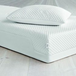 TEMPUR Cloud Traditional Pillow - Size 70 x 50 cm Physiotherapy & Rehabilitation Orthopedic ...