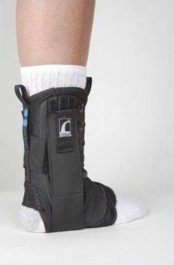 Ossur Form Fit® With Figure-8 Straps ankle and foot orthosis