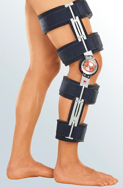 Post-op knee support medi ROM cool